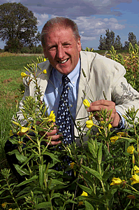 Peter Clough has a wealth of experience in the nutirional use of omega oils